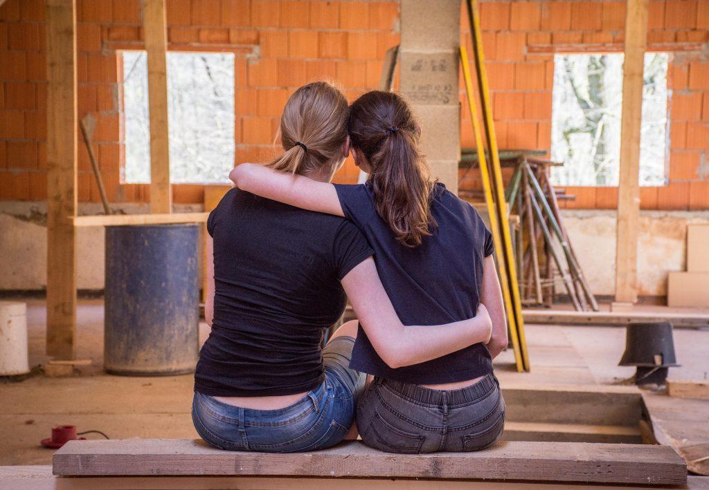 renowacja mebli przez kobiety